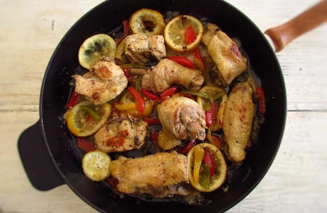 Frango frito com pimentos e limão | Food From Portugal