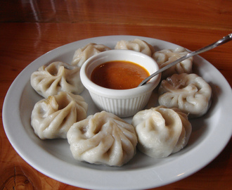 Steamed Chicken Momo with Spicy Sauce