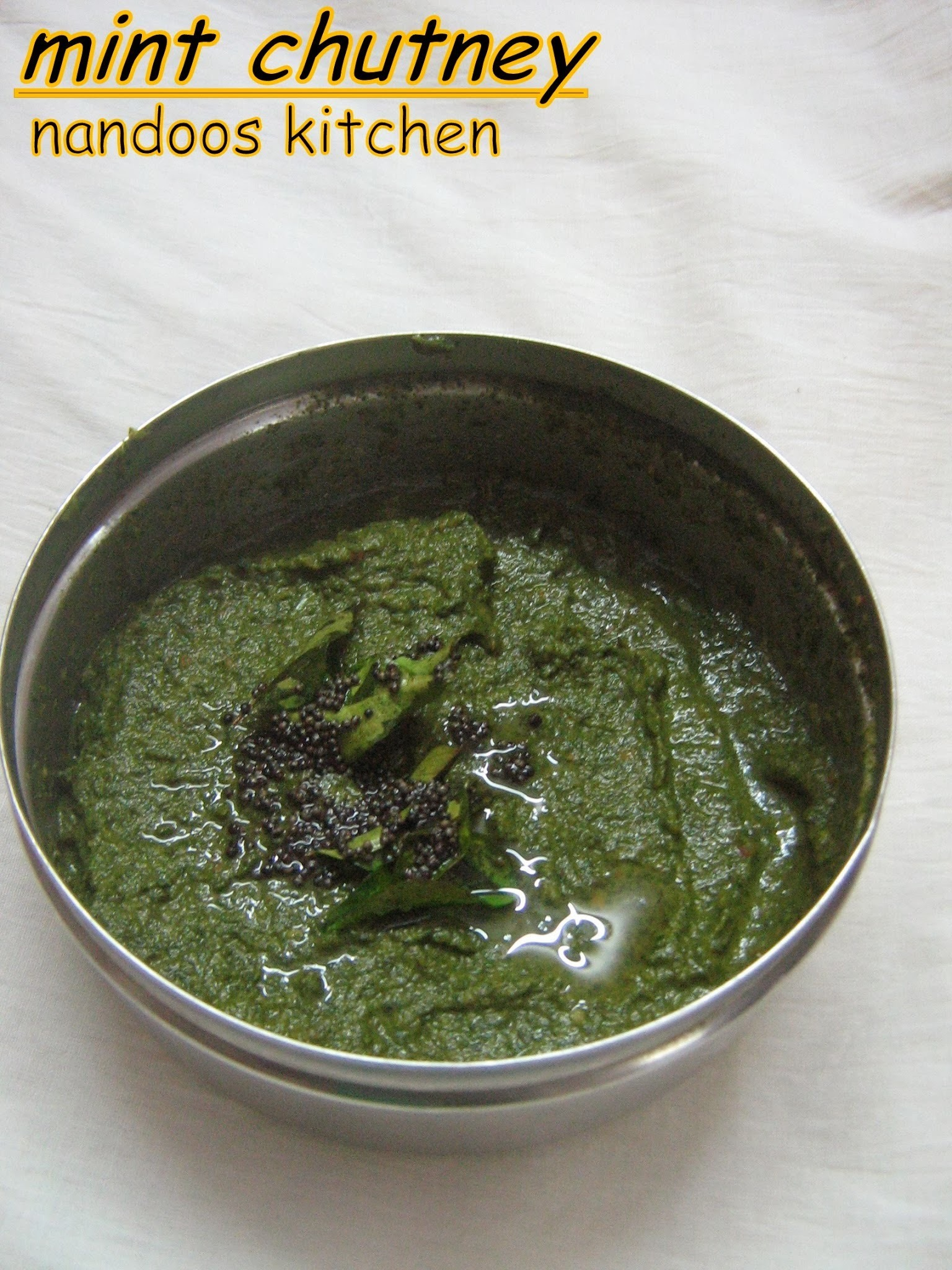 Pudina chutney (without coconut) / mint chutney (without coconut) / side dish for idly/ dosa