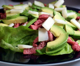 AVOCADO AND SPINACH HEALTHY GREEN SALAD