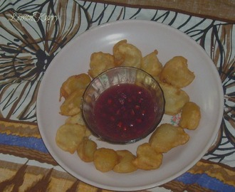 Banana Fritters With Pomegranate Syrup | Tea Time Snack