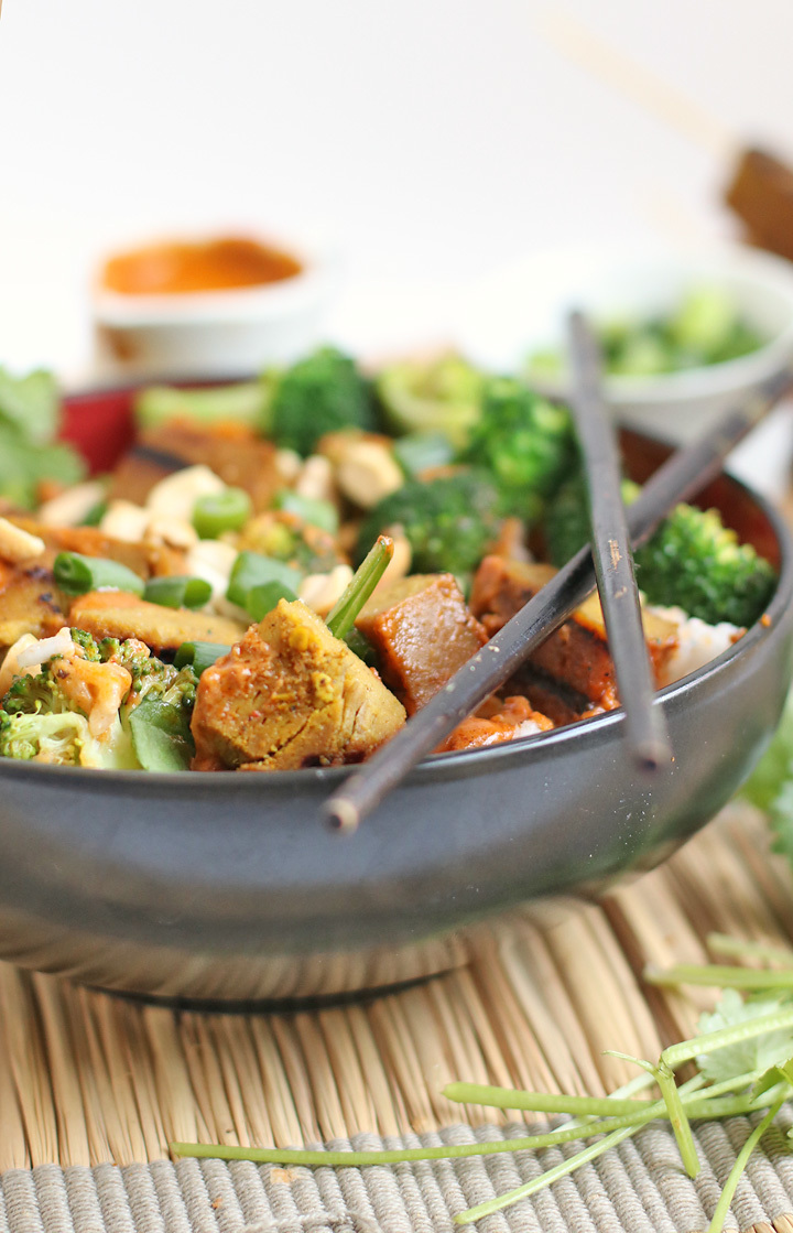 Vegan Curry Satay Buddha Bowl + Instagram GIVEAWAY!