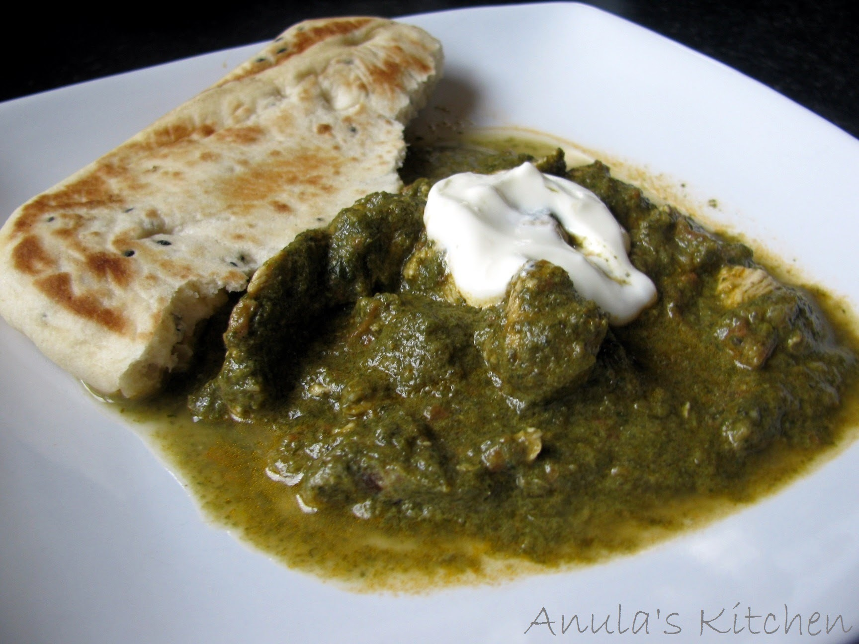 Chicken Saag - chicken in spinach Indian style...