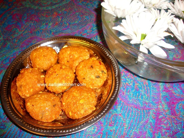 Aama Vadai /  Paruppu Vadai (Without Onion) / Muparuppu Vadai / Spiced Lentil Fritters Recipe - How to make Aama Vadai.
