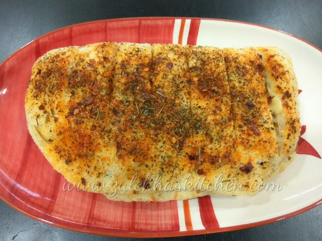 Cheesy Garlic bread / Stuffed Garlic Breadsticks