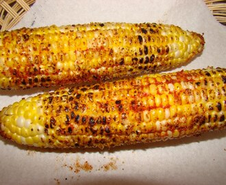 Fire grilled Corn on the Cob  (Bhutta: Indian way of serving corn on the cob )