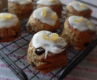 Gingerbread Scones with a Lemon Glaze