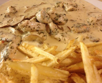 Chicken And Mushroom In A Creamy Tarragon Sauce