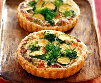 Quiche met broccoli, courgette en erwtjes