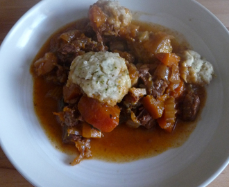 Awesome beef stew & fluffy dumplings