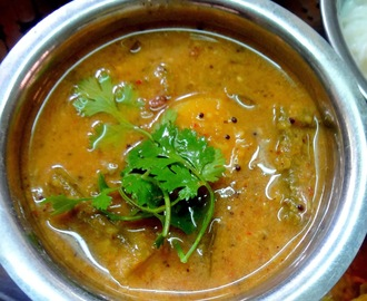 Araithavitta sambhar \ Sambhar prepared by using freshly roasted and ground spices )