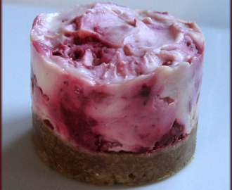 No Bake - White Chocolate and Raspberry Cheesecake