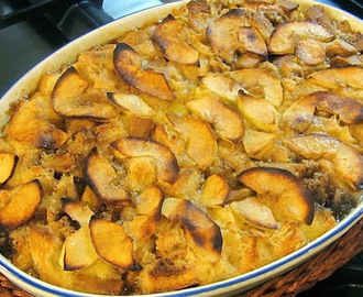 Apple Brown Betty Bread Pudding
