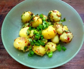 Baby Potatoes and spring onion curry