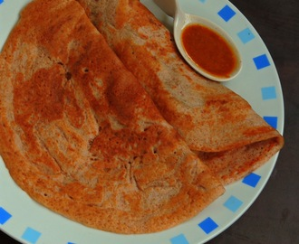 Red Rice Dosa/Sivappu Arisi Dosai