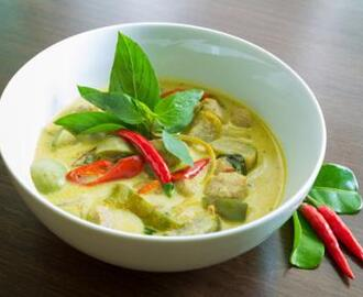 Real Vegetarian Thai Green Curry (Vegan/Gluten-free)