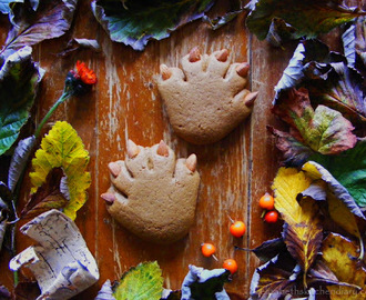 Bear Paws (Old Fashioned Soft Molasses Cookies)