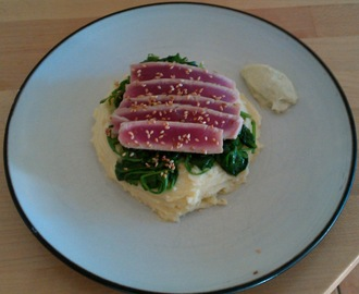 Seared Tuna served with Mashed Potatoes,Spinach & a Wasabi Mayonnaise