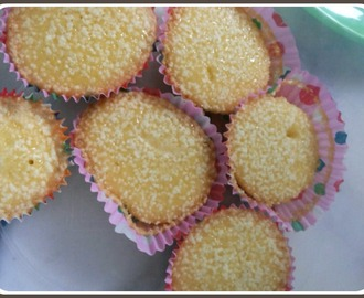 Guest Post - Vanilla Cup Cakes