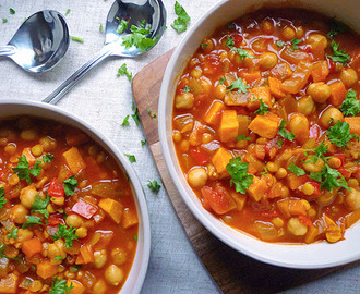 * Sweet Potato and Chana Dahl Soup {Meatless Mondays}
