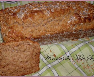 Pão rápido de aveia e mel / Honey oat quick bread