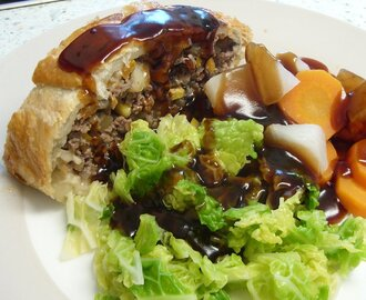 Jamie Oliver's Minced Beef Wellington - my version thereof!