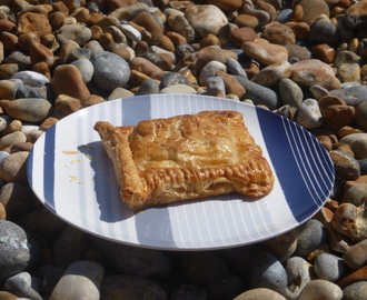 Picnic Perfect Left Over Turkey or Chicken, Pancetta, Mushroom and Leek Puff Pastry Parcels Recipe