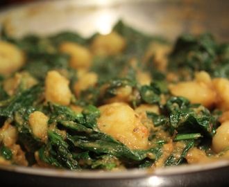 Saag Aloo Recipe for Dinner