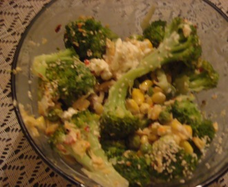 Broccoli, Sweet corn & Green peas Salad