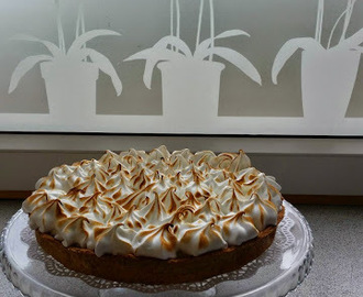 Syndig Lemon Merengue Pie