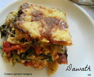 Cheesy spinach lasagna