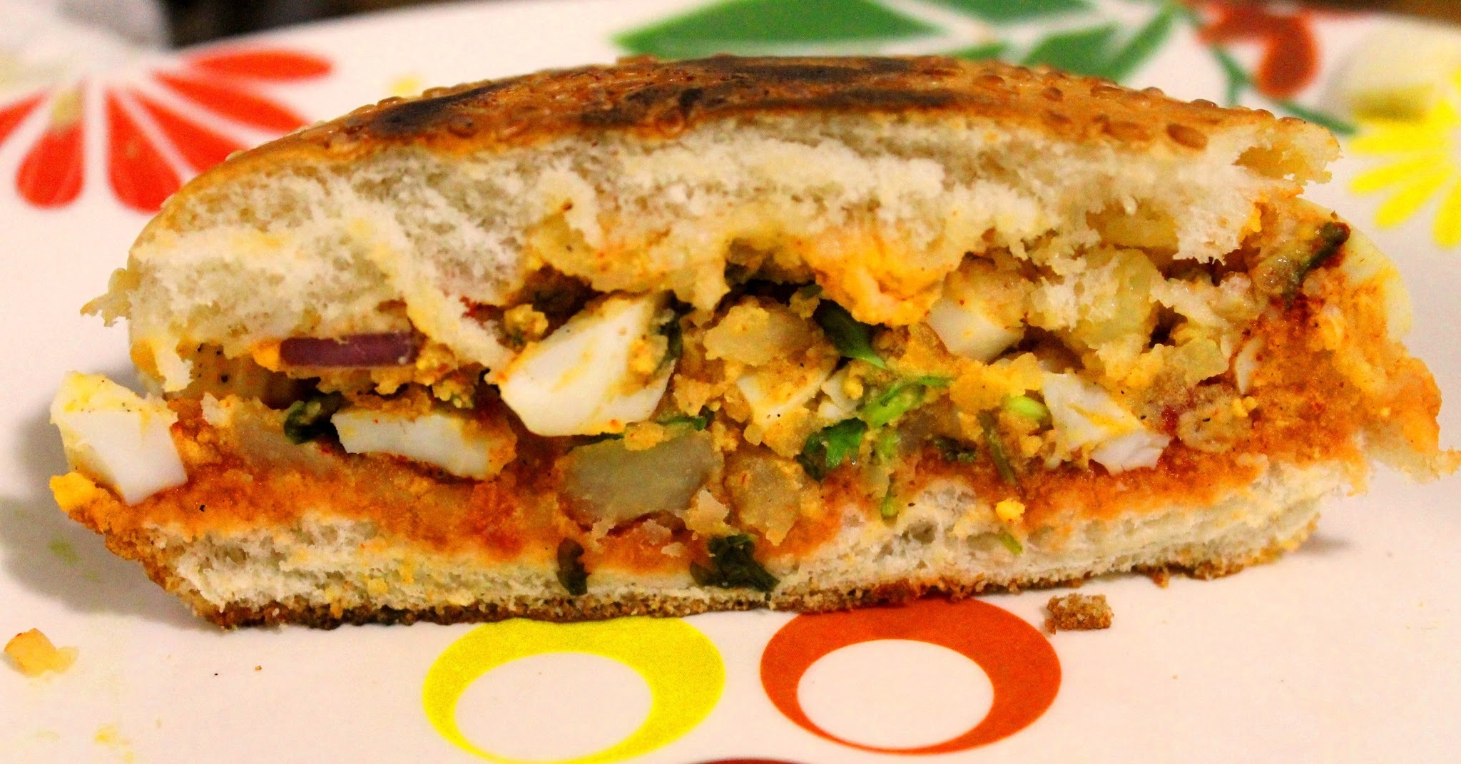 Egg Potato Sandwich (Easy & Healthy)