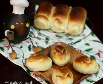 Hokkaido Milk Bread | Bread Bunnies | Soft Japanese Bread with Tangzhong