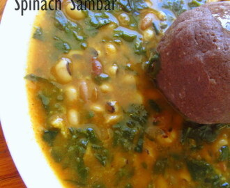Alasande Kalu Palak Soppina Huli | Spinach and Black eyed peas Sambar | Legumes Curry : Without coconut