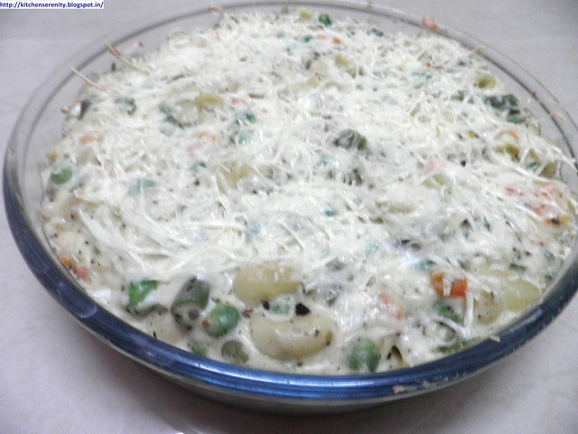 Baked Macaroni & Vegetable Delight