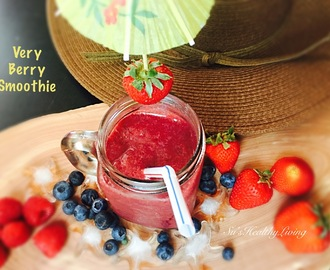 Very Berry Smoothie; Vegan; Meatless Monday!