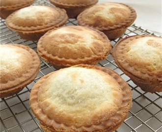 Image: Can you bake a mini pie? How about 8 mini pies – in just 12 ...