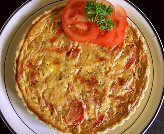 Cheese, tomato and herb quiche
