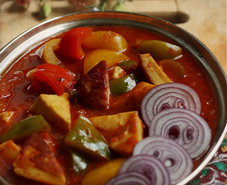 Paneer Pepper(Capsicum) Curry Recipe for Blog Anniversary | How to Make Simple Paneer Curry