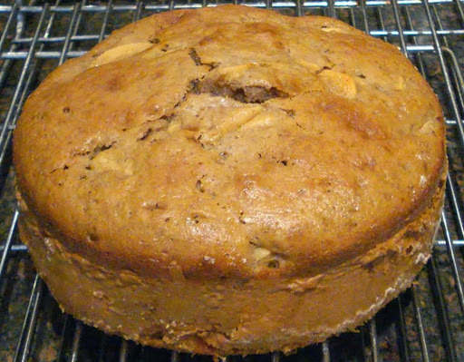 Apple Cake (small) - very easy - using sunflower oil