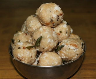 Chambara Kozhukattai / Kara Arisi Kolukattai / Steamed Spiced Up Roasted Rice Balls - Ganesh Chaturthi Recipes