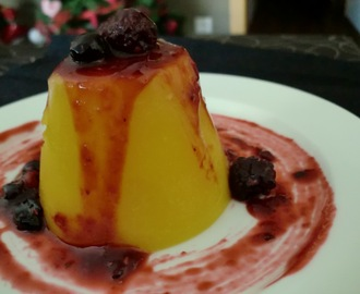FLAMS DE MANGO AMB COULIS DE FRUITS VERMELLS