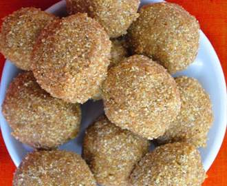 Foxtail Millet Laddu/Thinai Laddu