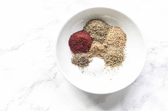 How to make Za'atar seasoning