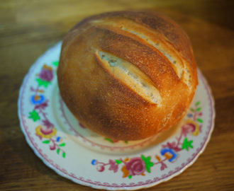 The Great Sport Relief Bake Off and Paul Hollywood's loaf