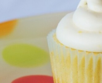 Low fat lemon cupcakes