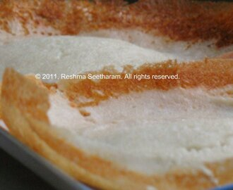Paalappam (Coconut milk and rice crepes)