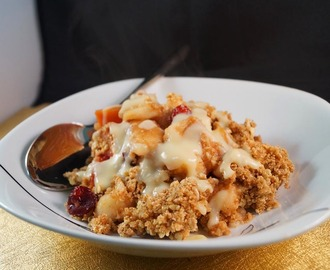Winter Warmer, Apple, Plum & Cranberry Crumble