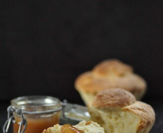 pear and chestnut jam with brioche // birnen und maronenmarmelade mit brioche