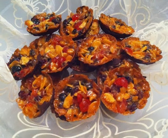 """ Florentines "".... Bowls of delight & full of festive fruitiness ( Part 5)"